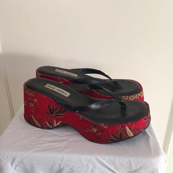 196d298754d38 Oriental sandals
